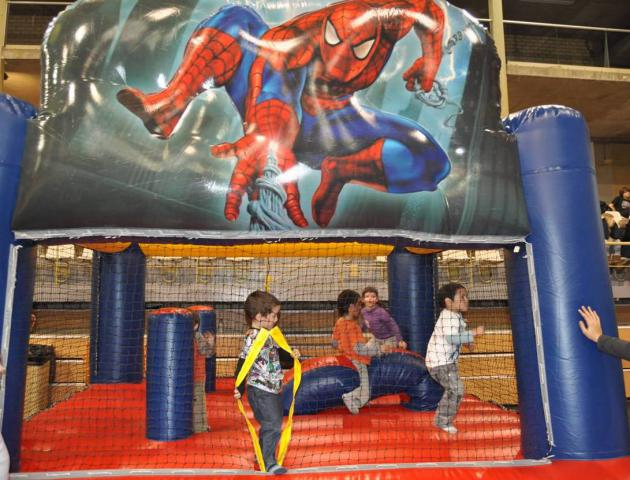 Joc Spiderman 4 x 4 x 3, 5 m